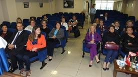 Bto Başkanı Hüseyin Sarıbaş Ve Toplantıya Katılan Kadın Girişimciler.
