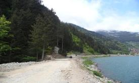 Çevre Ve Şehircilik Bakanlığı, Trabzon Uzungöl Güney Kıyısı Peyzaj Projesine Hız Kesmeden Devam Ediyor.