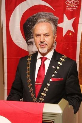Bursa Skal Kulübü Başkanı Vehbi Varlık, Türkiye'nin Turizm Gelirlerinin 1 Milyar Dolar Arttığını Belirterek, \