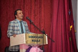 Gelişim Üniversitesi Mütevelli Heyeti Başkanı Abdülkadir Gayretli, Ergenlik Döneminin, Bireyin Kişilik Gelişiminde Önemli Bir Yere Sahip Olduğunu Belirtti.