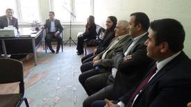 Hakkari Belediye Eş Başkanları Bir Süre Önce Çıkan Toplumsal Olaylarda Kundaklana Okulu Ziyaret Ederek Kürtçe Hikaye Kitabı Ve Spor Malzemesi Dağıttı.