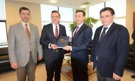 Kazakistan'ın İstanbul Başkonsolosu Yerkebulan Sapiyev, Bursa Ticaret Ve Sanayi Odası'nı (btso) Ziyaret Etti.