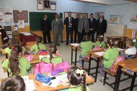 Dünya Çocuk Kitapları Haftası Nedeniyle, İnegöl Belediyesi Tarafından 6 Okulda, Öğrencilere Çocuk Kitabı Hediye Edildi.