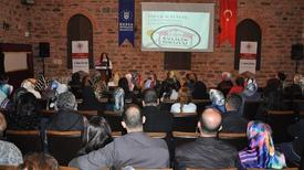 Bursa Büyükşehir Belediyesi Bünyesindeki İncirli Kültür Merkezi'nde Düzenlenen 'evlilik Okulu' Programında 'aile İçi İletişim' Temasıyla Eğitimlere Başlandı.