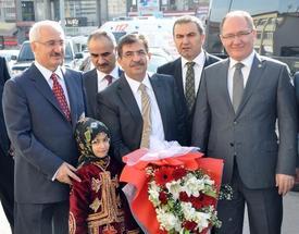 Çevre Ve Şehircilik Bakanı İdris Güllüce, Sivas Valiliği'ni Ziyaret Etti.