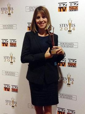 Confirm Biosciensces 'tasdik Laboratuvarı' Kurucusu Zeynep Ilgaz Pala, Abd'de İş Dünyasının Oscar'ı Olarak Nitelendirilen 2014 Stevie Awards For Women İn Business Winners Yarışmasında İş Ürünleri Kategorisinde Yılın İş Kadını Girişimcisi Ödülünü Aldı. Zeynep Ilgaz Pala, Ödülü Şirket Çalışanları Adına Almaktan Dolayı Çok Gururlu Ve Mutlu Olduğunu Söyledi.