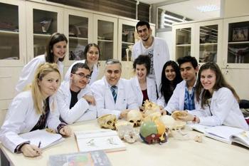 İzmir Katip Çelebi Üniversitesi Tıp Fakültesi Dekanı Prof.dr. Mehmet Ali Malas, 24 Ekim-31 Ekim Tarihleri Arasında Düzenlenen \