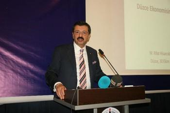 Türkiye Odalar Ve Borsalar Birliği (tobb) Başkanı Rifat Hisarcıklıoğlu, Düzce'de Yapılacak Olan 24 Derslikli Tobb Okulunun Protokolünü İmzalamak Üzere Düzce'ye Geldi.