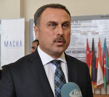 Tümsiad Genel Başkanı Dr. Hasan Sert, Tümexpo 2. Sanayi Ve Ticaret Fuarı'nın Başarılıyla Devam Ettiğini Söyledi.