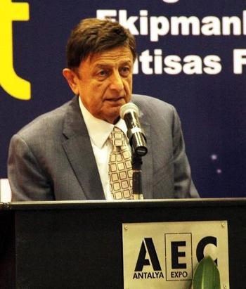 Anfaş Fuarcılık Yönetim Kurulu Başkanı Mustafa Çalık, 2015 Fuarına İlginin Çok Yoğun Olduğunu Belirterek \